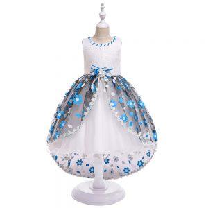 Balles kleita meitenēm