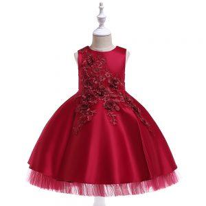 Sarkana princešu kleita