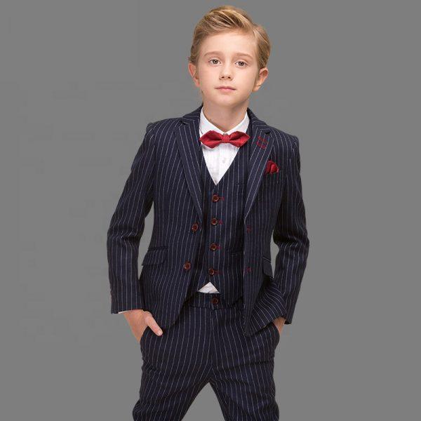 Uzvalks zēnam