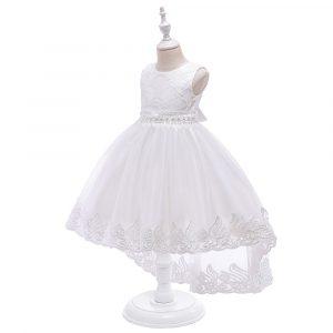 Balta bērnu kleita