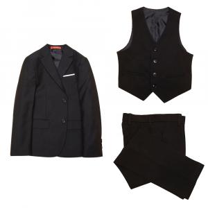 Melns zēnu uzvalks ar paplatinātu vidukļa daļu