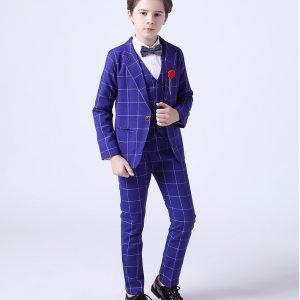 Uzvalks zēnam zils
