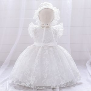 Kristību kleita zīdainim
