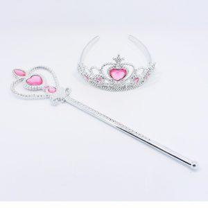 Princeses kronis un zizlis rozā krāsā