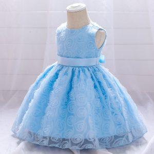 Mežģīņu kleita zila